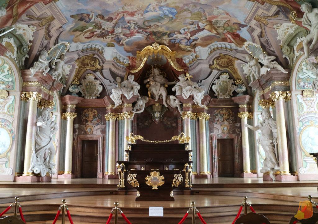 El Aula Leopoldina también destaca por su decoración