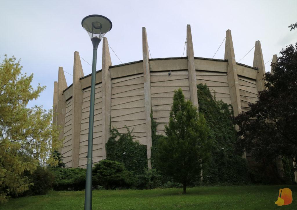 El edificio del Panorama es un edificio circular de grandes dimensiones