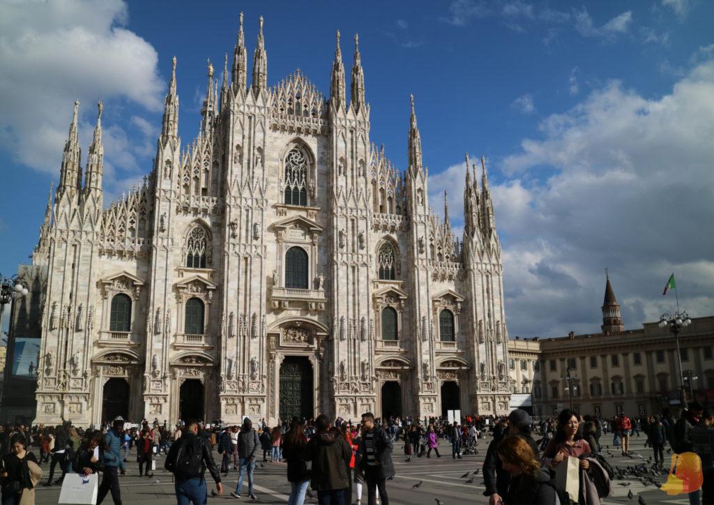Fachada principal del Duomo