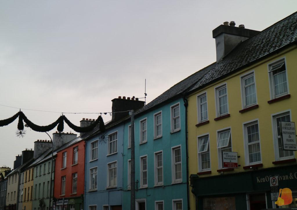 Fachadas de colores de Killarney