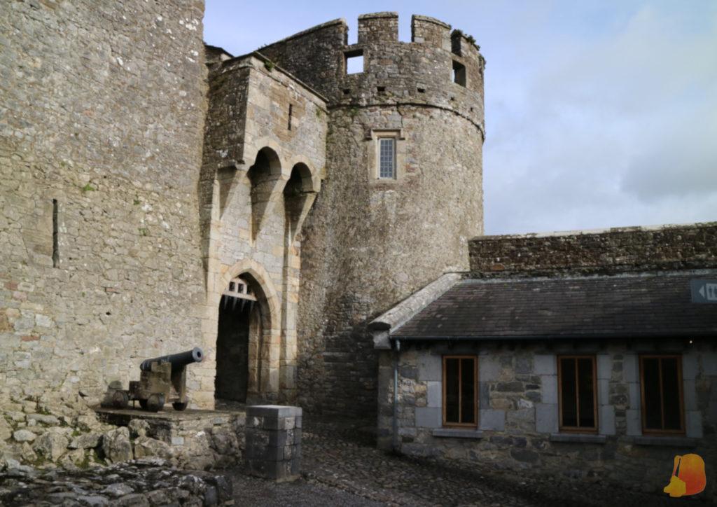Entrada al Castillo de Cahir
