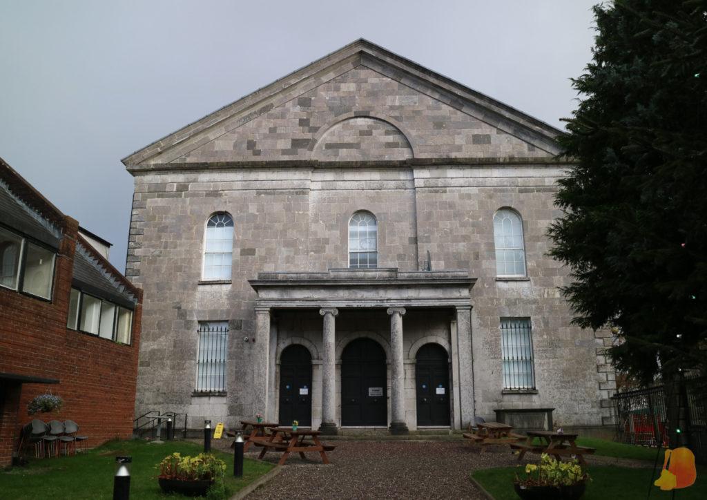 Fachada de la Triskel Church