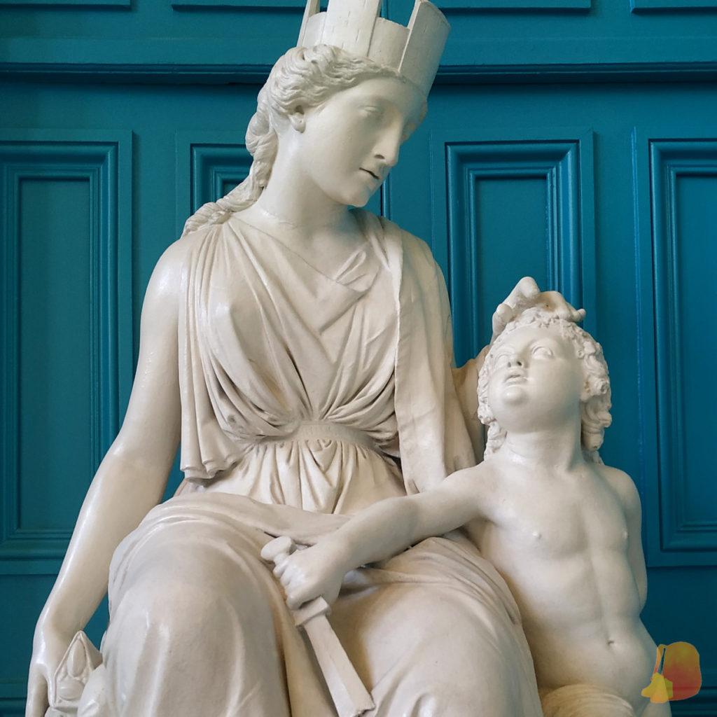Reproducción de escultura clásica
